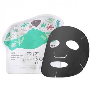 Чёрная тканевая маска для сужения пор Ciracle Jeju Volcanic Pore Tightening Mask